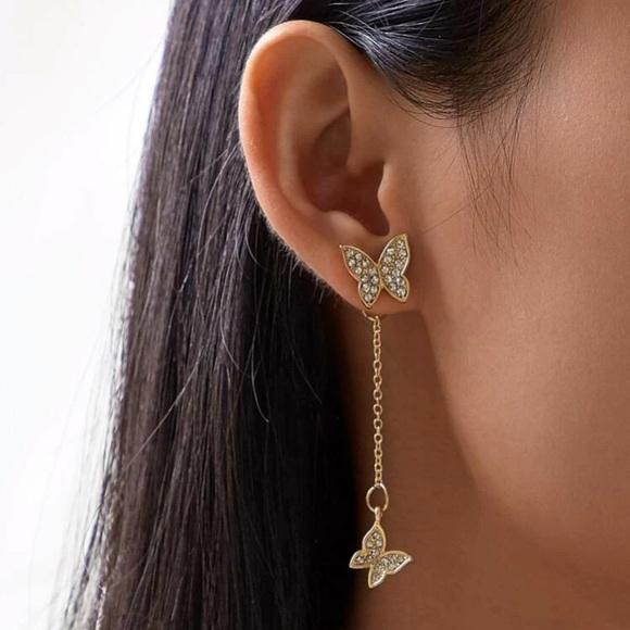 3/$35 🎉JUST IN! Butterfly Dangle Earrings